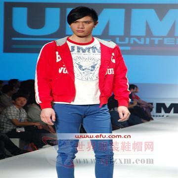 """UMM""品牌闪耀T台"