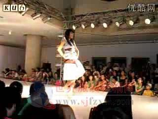 鲁迅美术学院服装秀现场视频