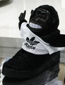 """延续你的""""猩""""途,adidasbyJeremyScott猩猩公仔鞋款"""