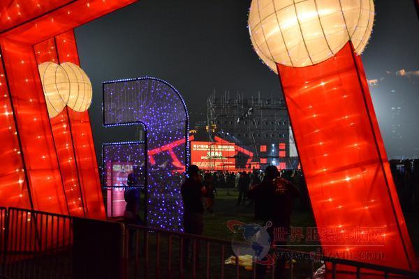 第16届中国(虎门)国际服装交易会开幕式会场盛状