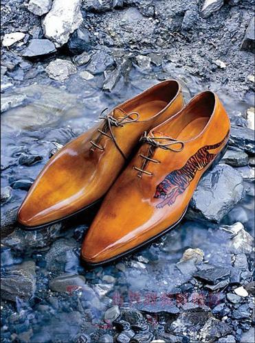 上最贵的男鞋