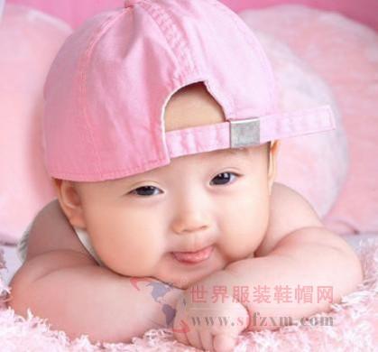 纺织品安全新标准: 买婴幼儿服装要注意安全类