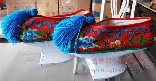 连古代格格的鞋子都能在太阳城小店