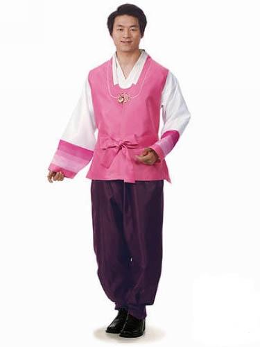 解析朝鲜族女装男装童装具有的服饰特色-世界
