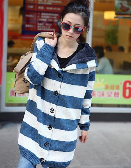 长毛衣外套+打底裤 冬季服装搭配新技巧-世界