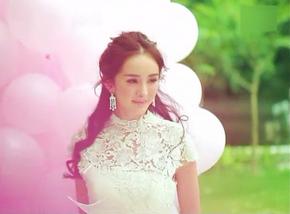 婚纱中的杨幂 甜美清新依旧