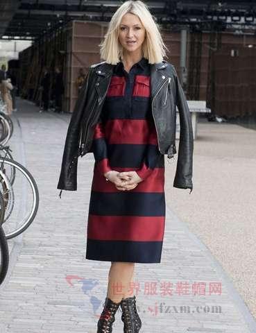 黑色皮衣搭配红黑条纹连衣裙-2013秋装帅气皮衣时尚搭配