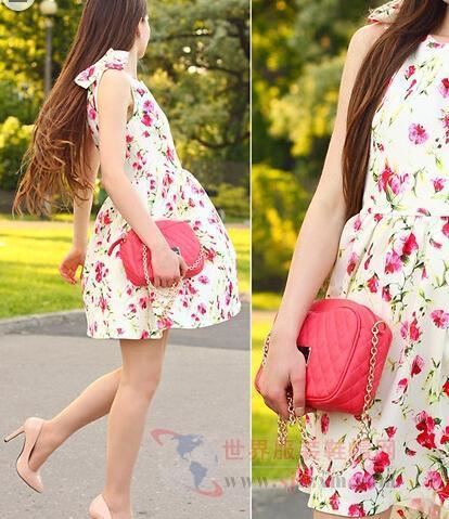连衣裙+粉色细高跟鞋+西瓜红   链条包   ,清新唯美的花朵连衣裙会让
