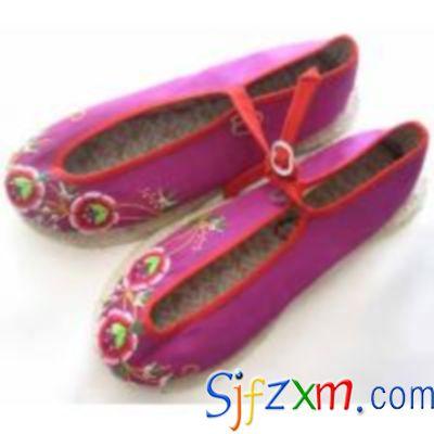 手工绣花鞋